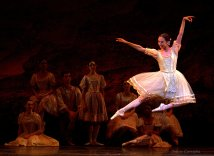 Lindsay Purrington in the Peasant Pas de Deux