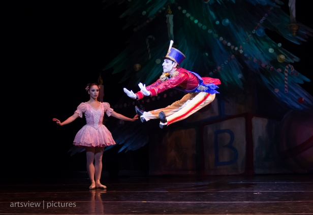 Jan Burkhard and Pablo Javier Perez in Steadfast Tin Soldier choreography by George Balanchine
