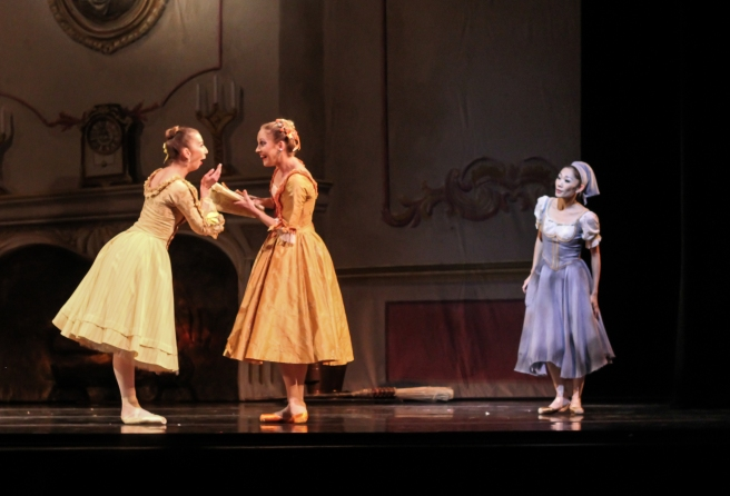 Alicia Fabry, Randi Osetek and Margaret Severin-Hansen as the stepsisters and Cinderella, choreography by Robert Weiss